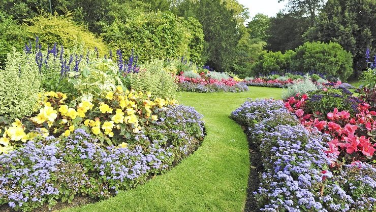 What Does A Landscape Designer Do First Careers